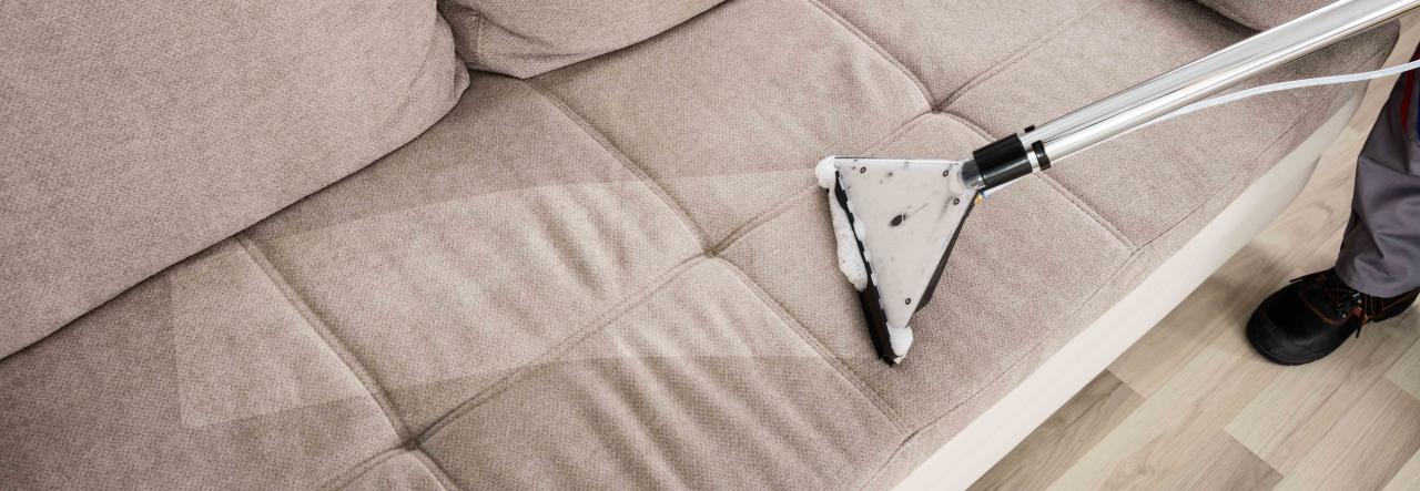 canap s couettes et tapis mont limar. Black Bedroom Furniture Sets. Home Design Ideas